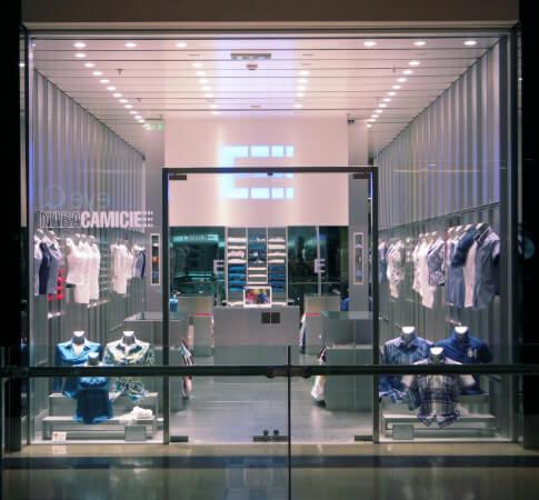 Shop window Naracamicie