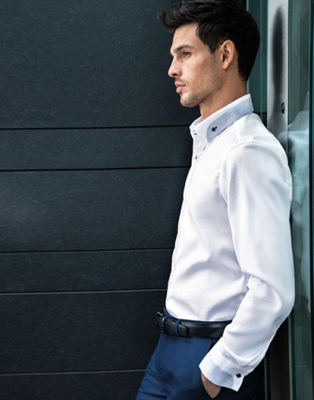 Button down πουκάμισο με μικρά patch