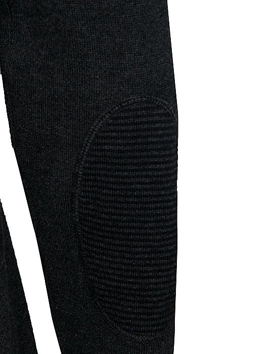 [el]Col roule pullover (λεπτομέρειες)[en] Col roule pullover (details)