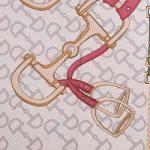 Γυναικείο Foulard με baroque τύπωμα λεπτομέρειες