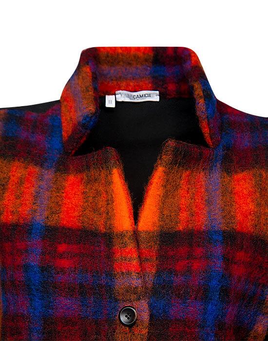 [el]Plaid μάλλινο σακάκι (λεπτομέρειες)[en]Plaid woolen jacket (details)