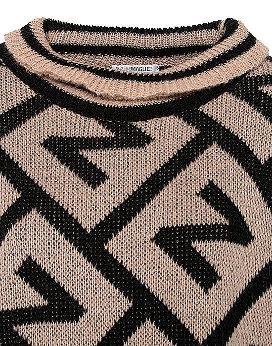 [el]Γυναικείο πλεκτό pullover με μικρά frills λεπτομέρειες[en]Women's knitted pullover with small frills details