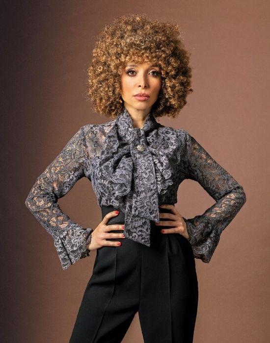 [el]Δαντελένιο πουκάμισο με ροζέτα brooch NaraCamicie [en] lace shirt with rosette brooch NaraCamicie
