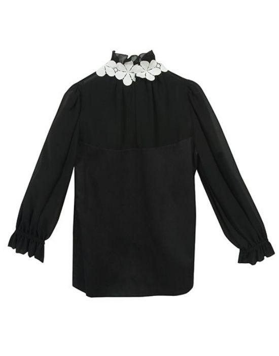 [el] Γυναικεία μπλούζα με δαντελένια μοτίφ NaraCamicie